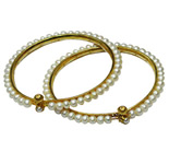 <b>Product: </b>  Freshwater Hyderabad natural Pearl Bangle<br><br>