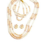 <b>Product: </b>Freshwater Hyderabad natural Pearl Set<br><br>